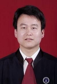 日照律师潘月华